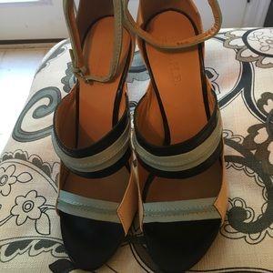 Never worn LAMB heels
